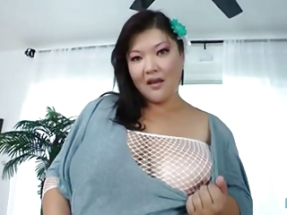 Thick Asian getting her Cunt Fucked